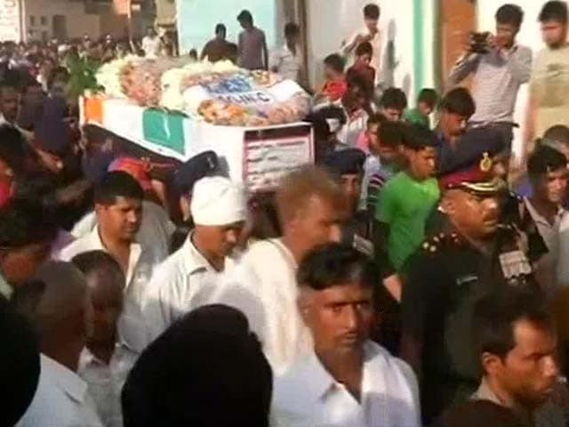 Video : Manipur Martyr Given Last Rites in Noida, Last Respects Paid to Others in Jammu