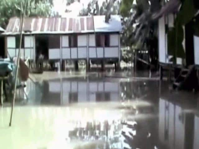 Video : Assam Floods: Nearly 2 Lakh People Affected, 9000 Hectares of Crop Lost