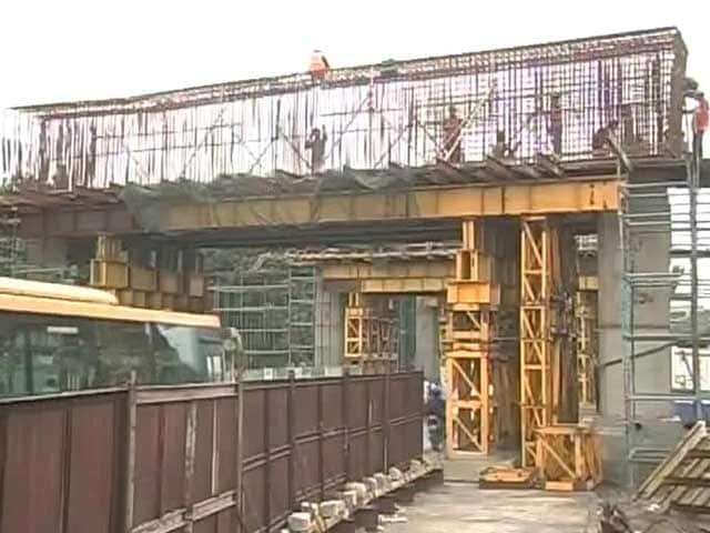 Video : Chennai Techie Killed As Rod From Under-Construction Metro Station Falls on Him