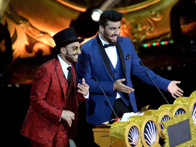 Video : At IIFA 2015, Bollywood Stars Set the Stage on Fire