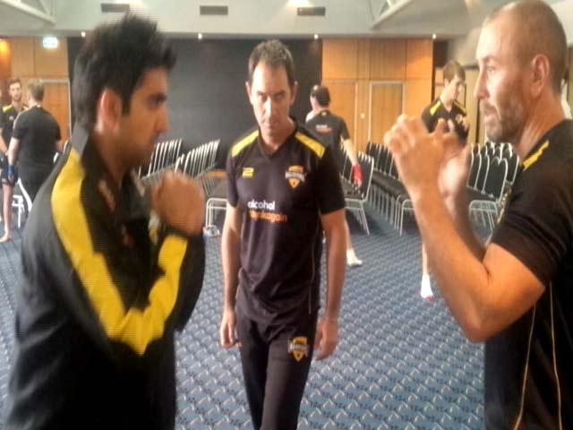 Video : Gautam Gambhir Takes Tips From Justin Langer