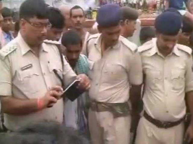 Video : 6 Arrested for Lynching of Bihar School Principal Over Death of 2 Students