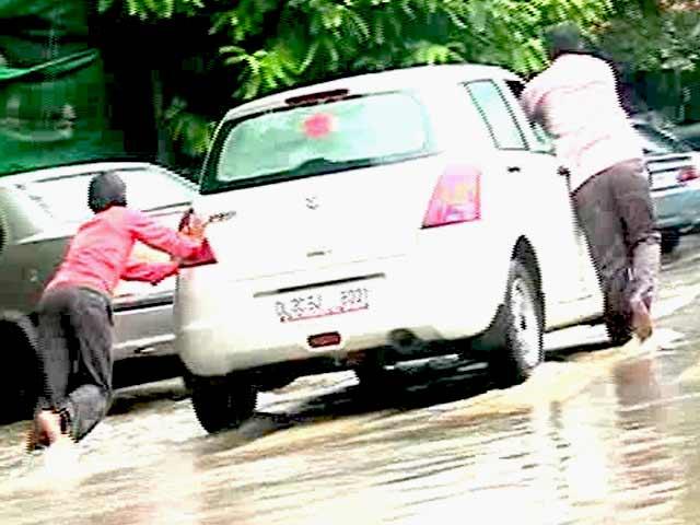 Video : Monsoon Car Care