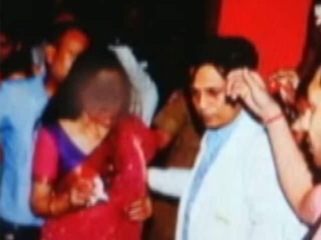 Video : कार हादसे के लिए हेमा मालिनी ने बच्ची के पिता को बताया दोषी