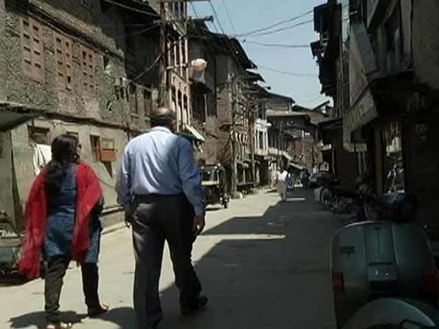 Video : 24 Hours: Downtown Kashmir
