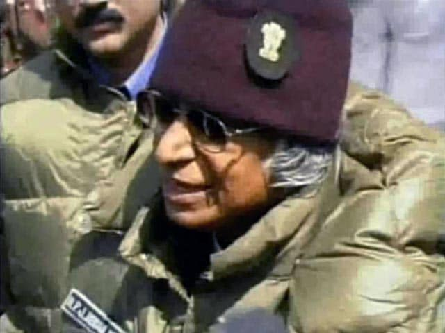 Video : When President APJ Abdul Kalam Visited Jawans at Siachen (Aired: April 2004)