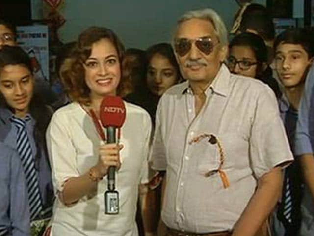 Video : Dia Mirza and Bittu Sahgal Roar Their Support for Tigers