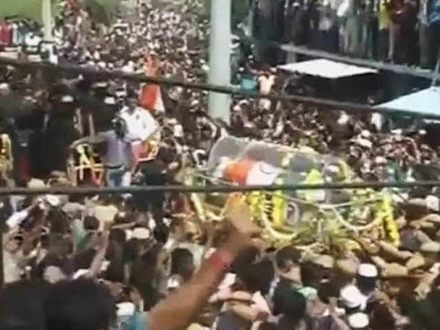 Video : PM Modi Leads Thousands in Paying Homage to People's President APJ Abdul Kalam