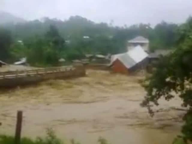 Video : 20 Killed in Landslide Caused By Heavy Rain in Manipur: Police