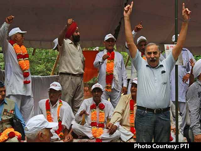 Video : After Public Outrage, Delhi Police Backs Off Army Veterans' Protest