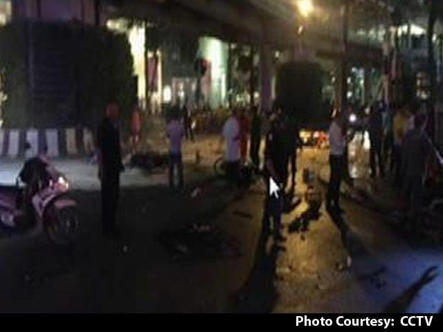 Video : At Least 20 Die in Bombing at Popular Bangkok Shrine