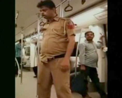 Video : Video Clip Showing Allegedly Drunk Cop in Delhi Metro Goes Viral