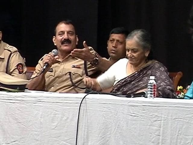 Video : After Issuing Circular, Mumbai Police Holds Seminars to Sensitise Cops