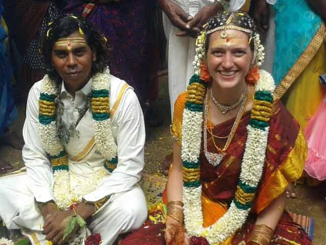 Video : Suresh and Sarah, Just Married, But Being Forced Apart