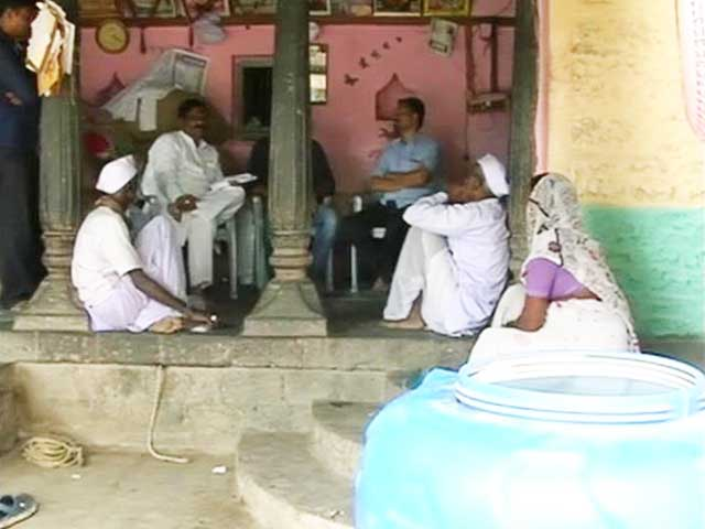 Video : With Over 100 Suicides in 30 Days, Situation Grim for Farmers in Maharashtra