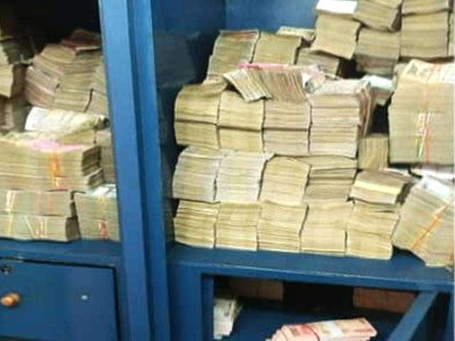 Video : Five On The Run After Rs 50 Crore Cash Found in West Bengal