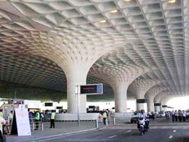 Video : Mumbai Airport, Taj Hotel on High Alert After Terror Threat
