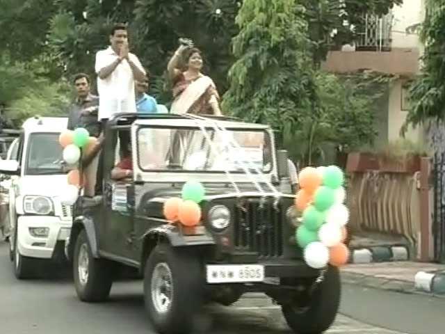 Video : High Stakes at Salt Lake Civic Polls in Kolkata