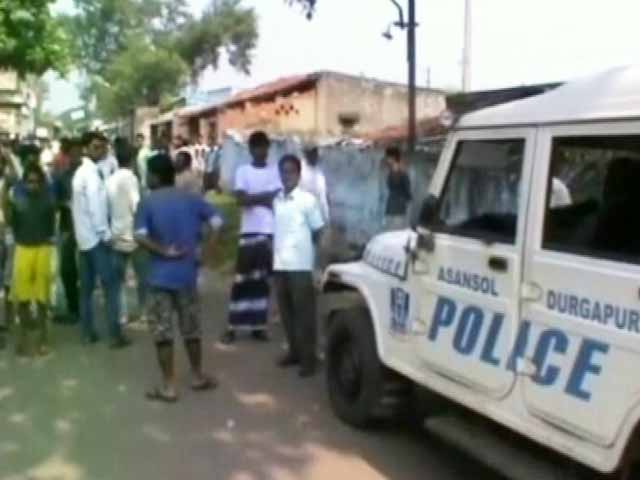 Video : Civic Polls Turn Uncivil in Salt Lake, Asansol in West Bengal