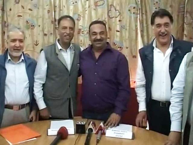 Video : Jammu and Kashmir Business Lobbies Unite Against Turmoil Over Beef Protests
