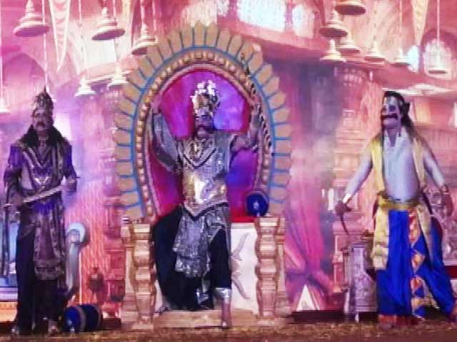Video : दिल्ली की रामलीला के अनोखे रंग