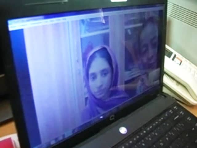 Video : Geeta to be Brought Back to India From Pakistan
