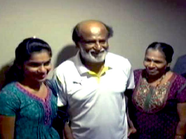 Video : Rajinikanth Frenzy in Malaysia