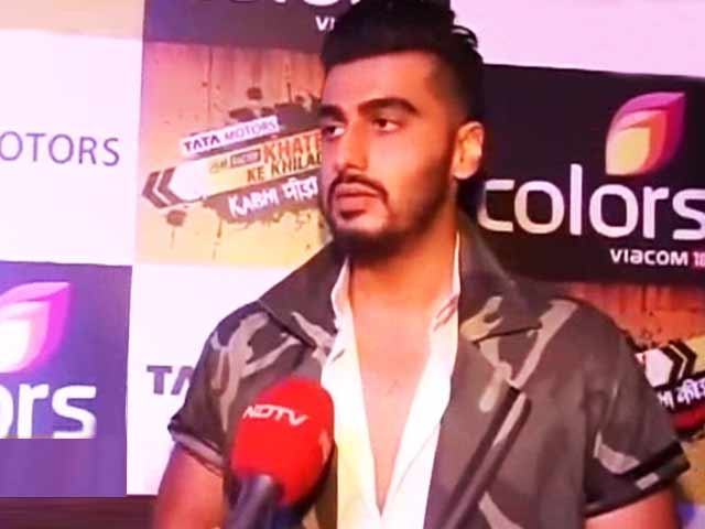 Video : Arjun Kapoor Talks About Hosting His New Show Khatron ke Khiladi