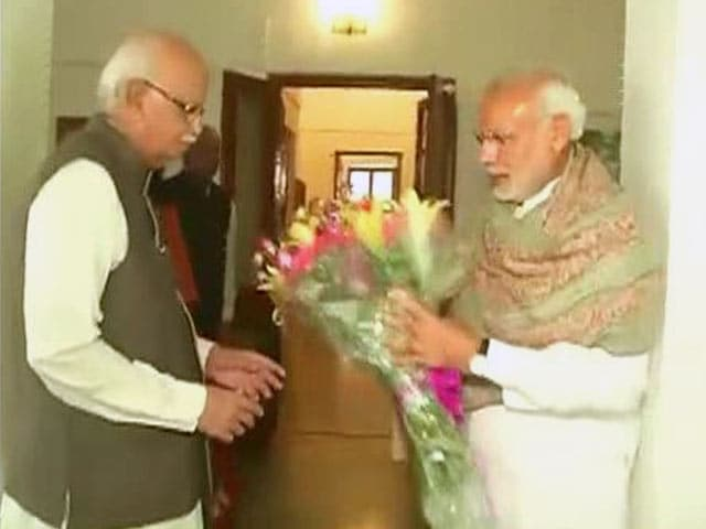 Video : PM Modi's Birthday Wishes to 'Best Teacher' LK Advani