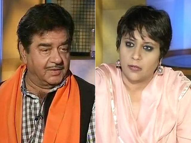 Video : Nitish, National Icon 'Sone Pe Suhaga': Shotgun Takes Aim at Amit Shah
