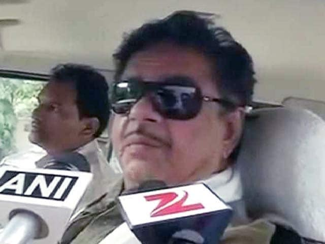 Video : BJP से नाराज शत्रुघ्न सिन्हा ने की नीतीश कुमार से मुलाकात