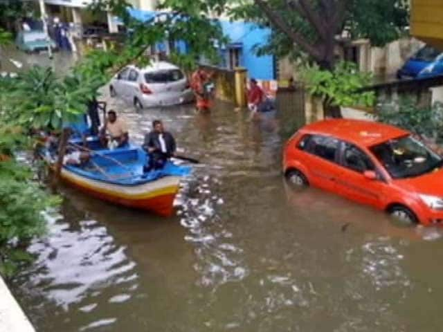 Video : Boats Out On The Streets As Heavy Rain Pounds Chennai