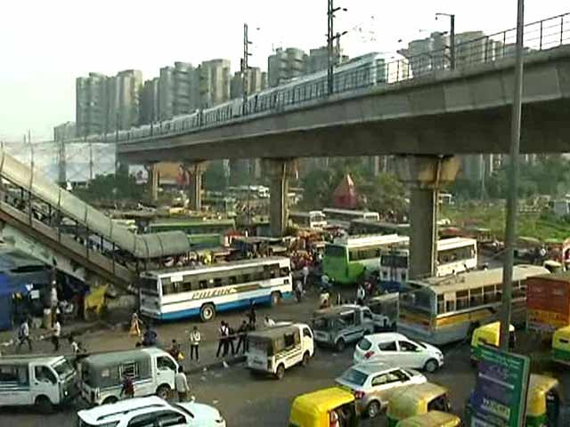 Video : Why is Delhi's Anand Vihar the Most Polluted Place in the World?