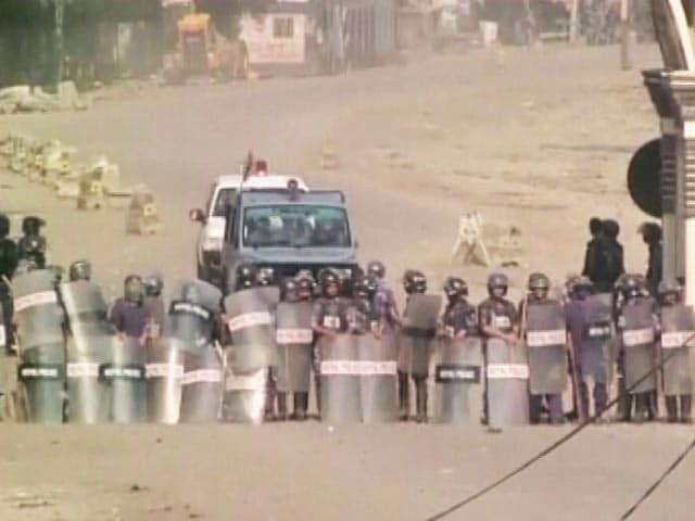 Video : 100 दिन से ठप है भारत-नेपाल सीमा, अब तक 50 लोगों की मौत
