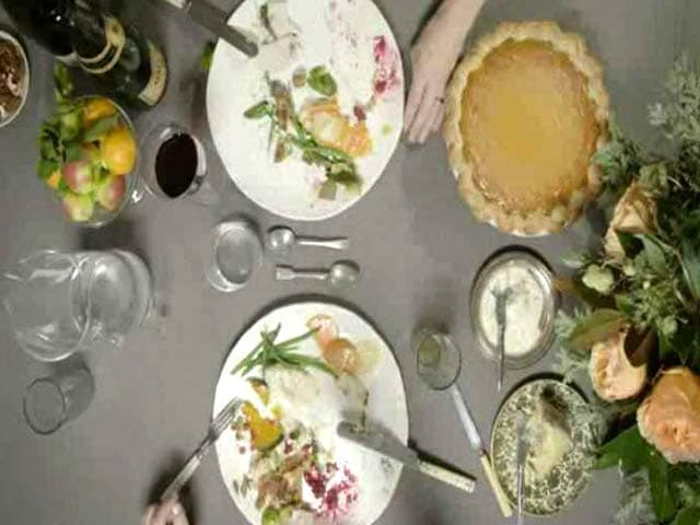Video : How to Host Thanksgiving: Dos and Don'ts