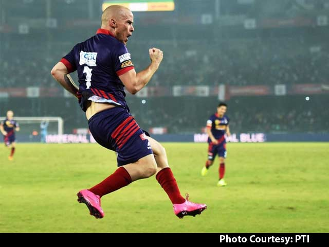 Video : Hume Hat-trick Seals Semi-final Spot for Atletico de Kolkata