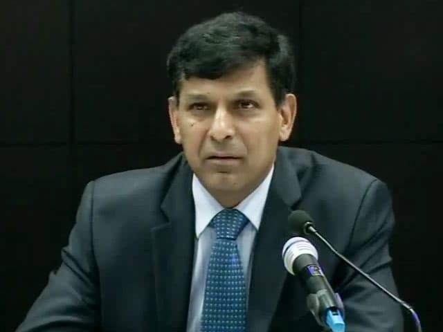 Video : Rajan Keeps Rates on Hold, Sees Room For More Accommodation