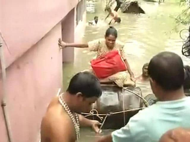 Video : In Chennai, Drum Boats, Rescue 'Convoys' and the Kindness of Strangers