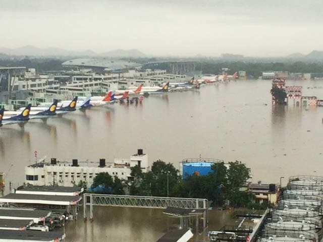 Video : Chennai Airport Flooded, Flight Operations Suspended