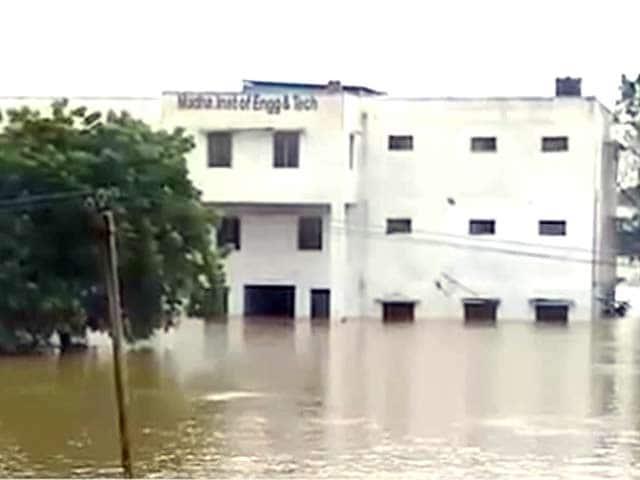Video : प्राइम टाइम इंट्रो : झीलों की जगह पर हुआ अतिक्रमण