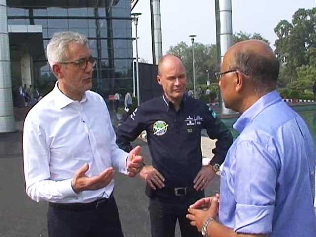 Video : Walk The Talk With The Solar Impulse Team