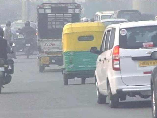 Video : AAP's Reduce Cars Plan Deadline Too Close: Public Transport Agencies