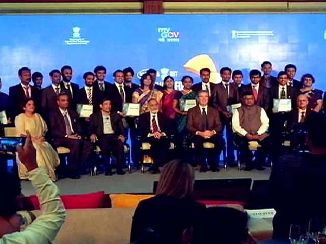 Video : Indian Geniuses Showcase Innovations for Digital India