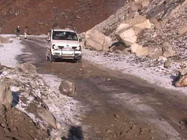 Video : India's Lone Road To Tawang: 'A Passage Through Hell'