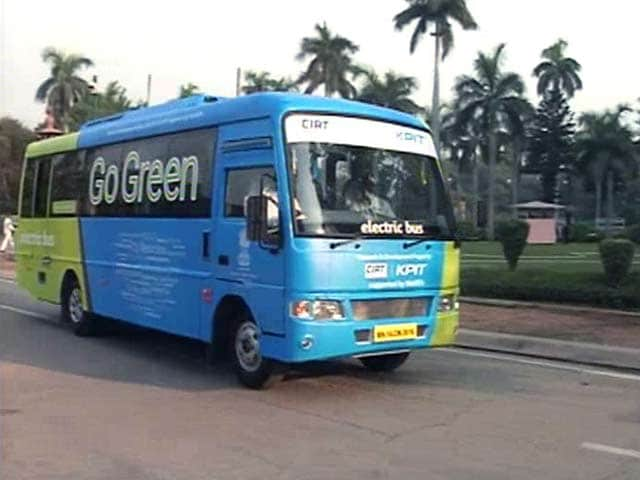Video : For Lawmakers, A Pollution Free Electric Bus