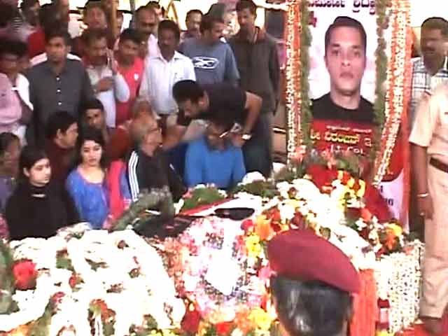 Video : Nation Pays Tribute To Pathankot Martyrs