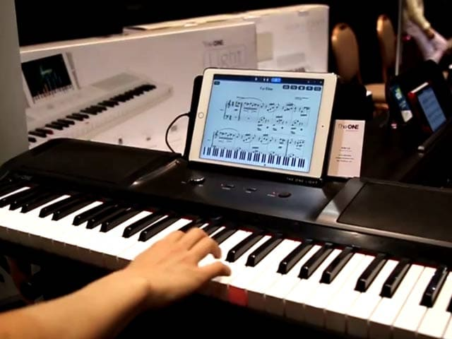 Video : The One Smart Piano and Light Keyboard - First Look