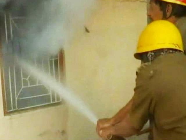 Video : Girls' Hostel Ransacked, Set On Fire In West Bengal's Howrah
