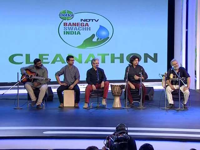 Indian Ocean Performs #SwachhIndia Anthem