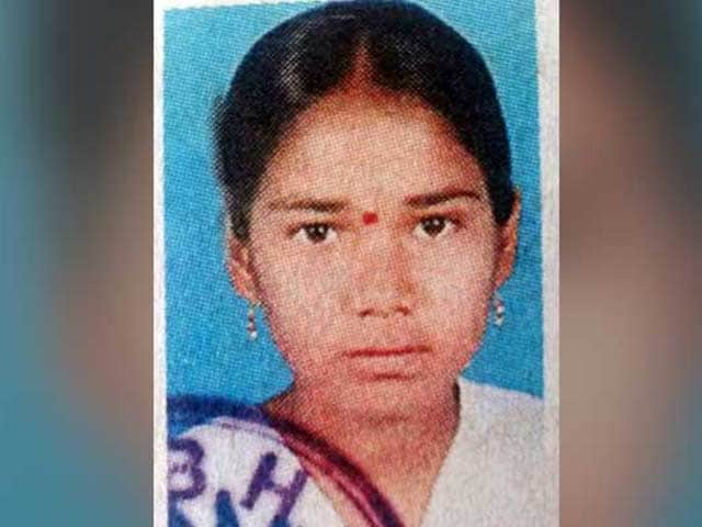 Video : Telangana Teen Allegedly Sets Herself On Fire Over Lack of Toilet